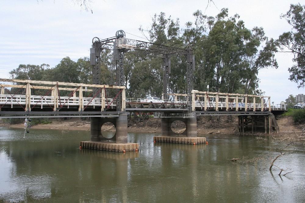 de Burgh Truss Bridges
